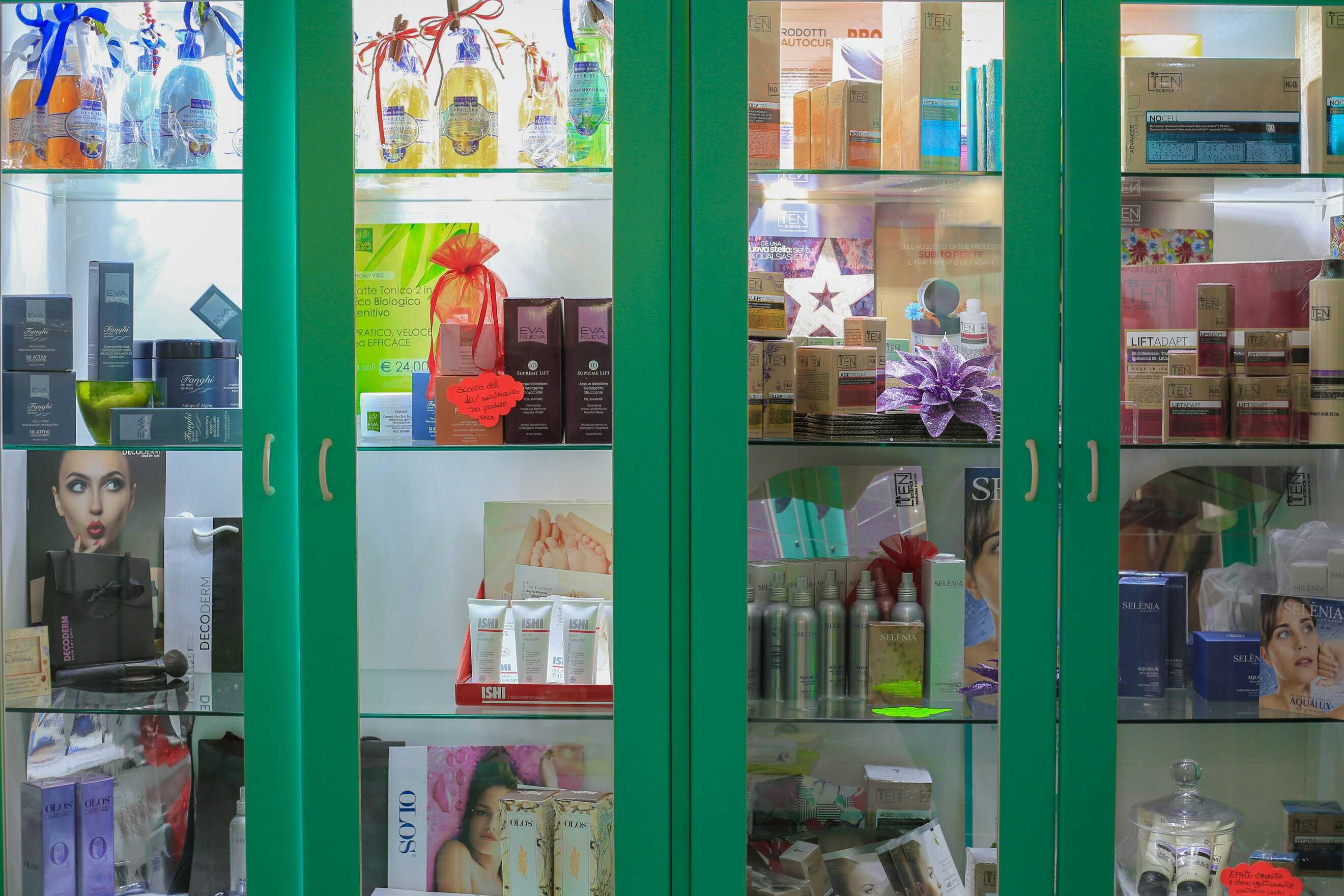 Prodotti per la cura di viso e corpo - Centro Estetico Rossana